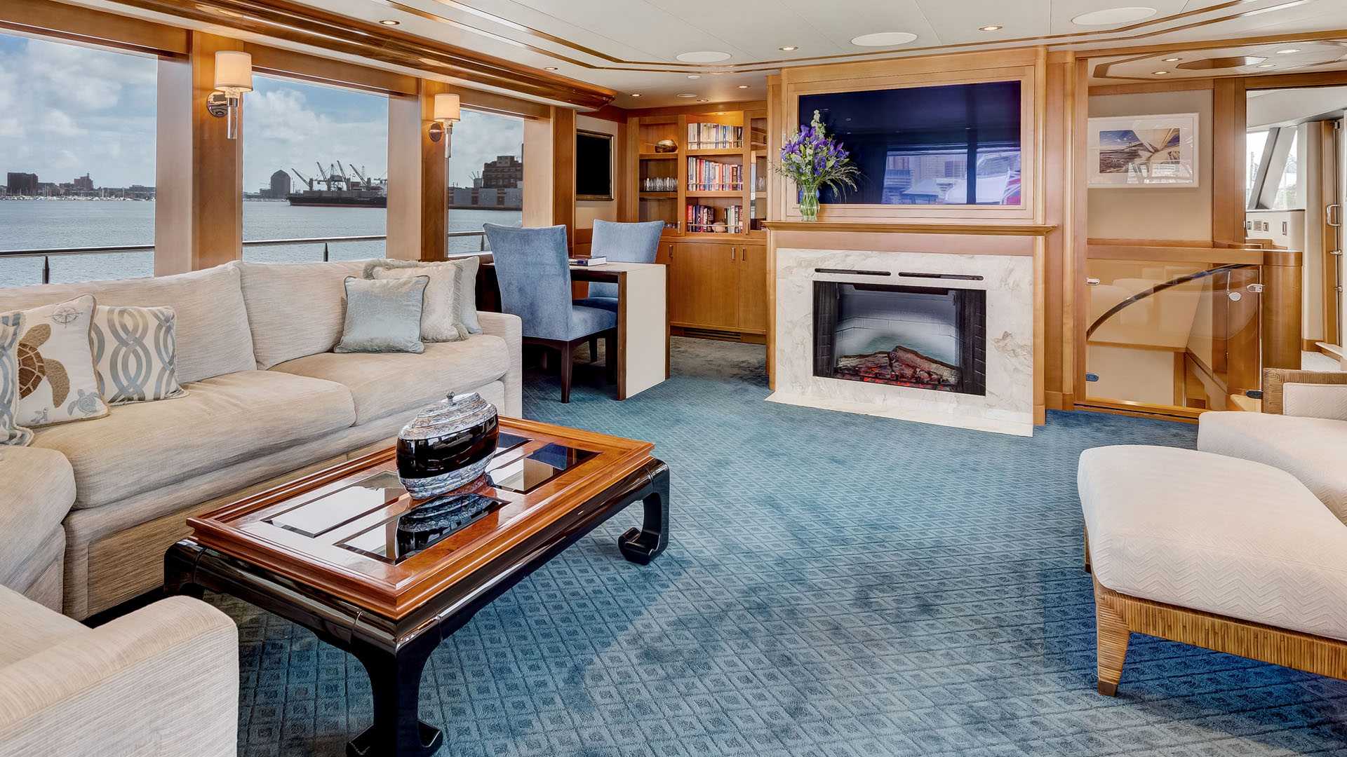 AvYachts 130 Guest Stateroom