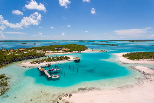 Discover the Bahamas this summer!